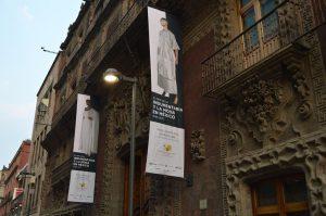 Exposición El Arte de la Indumentaria y la Moda en México. Palacio de Cultura Banamex